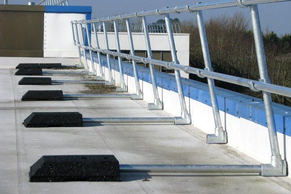 AllenkeyGuardTM FreeStanding Roof Edge Protection System